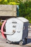 Miast kubeł na śmieci Zdjęcia Royalty Free