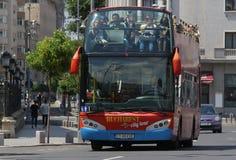 Miasta życie Bucharest, Rumunia - zwycięstwo aleja - Fotografia Stock