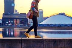 Miasta życie w zmierzchu czasie zdjęcie royalty free