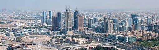 miasta Dubai internetów drapacz chmur widok Obrazy Royalty Free