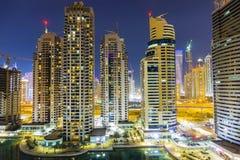 miasta Dubai noc linia horyzontu Zdjęcia Stock