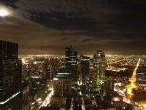 miasta Melbourne noc linia horyzontu zdjęcie stock