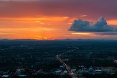 Miasta nieba pomarańcze. Fotografia Stock