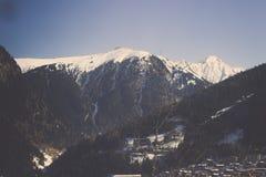 Miasteczko na jeziorze Krwawiącym z górą dzwonił w Slovenia Fotografia Royalty Free