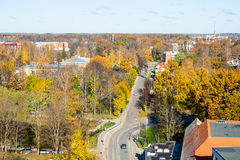 Miasteczko panoramiczny widok od above w jesieni zdjęcia stock