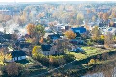 Miasteczko panoramiczny widok od above w jesieni obrazy stock