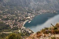 Miasteczko Risan Widok zatoka Kotor od obserwacja pokładu Montenegro Lato zdjęcia royalty free