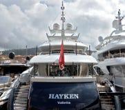 Miasto Ładny - Luksusowy jacht w porcie Portowy De Ładny Zdjęcie Stock