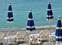 Miasto Ładny - plaża z parasolami Obraz Royalty Free