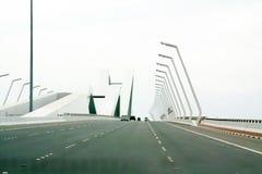 Miasto autostrada w Dubaj, Zjednoczone Emiraty Arabskie obraz royalty free