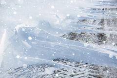 miasto blisko kolejowych drogowych połysk snow słońce zima drewno Dryfy, śnieg zdjęcie stock