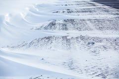 miasto blisko kolejowych drogowych połysk snow słońce zima drewno Dryfy, śnieg Zdjęcia Stock