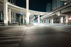 Miasto drogi wiaduktu noc nocy scena Obraz Royalty Free