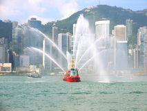 miasto fireboat Hong kong Zdjęcia Royalty Free