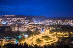 Miasto głąbik, noc pejzaż miejski zdjęcie royalty free