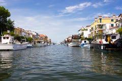 Miasto Grado kanał i łódź widok Zdjęcia Royalty Free