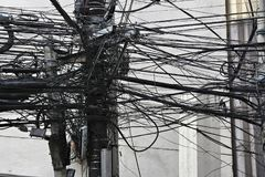 Miasto kablowy chaos zdjęcia royalty free