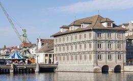 miasto kościelne pejzażu zegarowej komunalnych twarzy st Peter jest duże szwajcarzy wieże światowej Zurych Obraz Royalty Free
