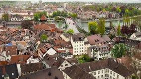 Miasto Konstanz Widok od wzrostów stary miasteczko Konstanz Wideo pokazuje starych domy, wąskie ulicy i a, zdjęcie wideo