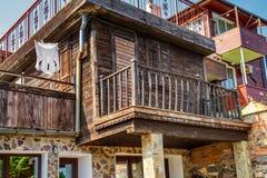 Miasto krajobraz - stare ulicy i stwarza ognisko domowe w Balkan stylu obrazy stock