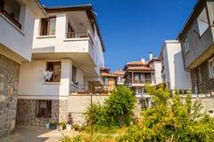 Miasto krajobraz - ulicy i stwarza ognisko domowe w Balkan stylu zdjęcie royalty free