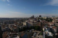 Miasto linia horyzontu Istanbuł przy Beyoglu i Galata okręgiem Obraz Royalty Free