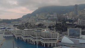 Miasto Monaco Francja morski port miejski Yahts blok statków płaskich i kasyno Monte Carlo zbiory wideo