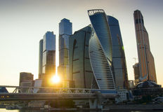 miasto Moscow Russia centrum biznesu zawody międzynarodowe Moscow gór sim zmierzchu miasteczko ural Zdjęcia Stock