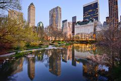 Miasto Nowy Jork Central Park jezioro Obrazy Stock