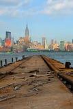 Miasto Nowy Jork, Manhattan budynków widok od schronienia Zdjęcia Stock