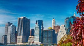 MIASTO NOWY JORK, PAŹDZIERNIK - 25, 2015: W centrum Manhattan od Brookl Zdjęcie Royalty Free
