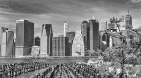 MIASTO NOWY JORK, PAŹDZIERNIK - 25, 2015: W centrum Manhattan od Brookl Obrazy Stock