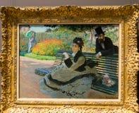 Miasto Nowy Jork Spotykający - Claude Monet, Camile Moneta na ławce - zdjęcie royalty free