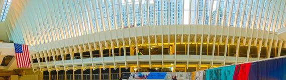 Miasto Nowy Jork, Stany Zjednoczone Ameryka, Maj - 01, 2016: Oculus w world trade center transportu centrum Obrazy Stock