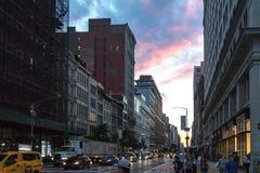 Miasto Nowy Jork, 2018: Wieczór godzina szczytu w Manhattan zdjęcie royalty free
