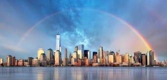 Miasto Nowy Jork z tęczą, śródmieście fotografia royalty free