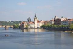 Miasto Praga, republika czech Widok mosty od rzecznego Vltava i rzeka Wiosna 2019 24 fartuch Podr??y fotografia obraz royalty free