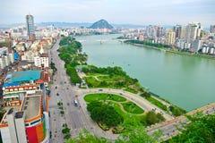 miasto rzeka Zdjęcia Royalty Free