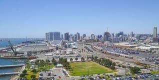 Miasto San Diego 21, 2017 - zadziwiający widok z lotu ptaka - SAN DIEGO, KALIFORNIA, KWIECIEŃ - obraz stock