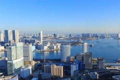 Miasto Tokio, drapacz chmur przy Tokio zatoki terenem Obrazy Royalty Free