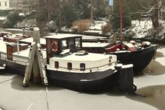 Miasto ulic Zwolle holandie amden teren blisko panoramy narciarstwa Switzerland zima zdjęcia royalty free