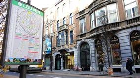 Miasto ulica z mapą przyciągania na filarze zbiory wideo