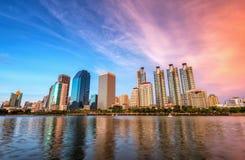 Miasto widoki i jezioro park w Bangkok Tajlandia Obrazy Royalty Free