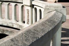Miastowa betonowa praca z owalnych cyzelowań architektonicznym szczegółem zdjęcie royalty free