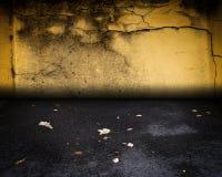 Miastowa Grunge Wewnętrznej ściany scena Obraz Royalty Free
