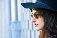 Miastowa mody dziewczyna Fotografia Royalty Free