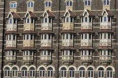 Miastowy budynek, fasada wzór Mumbai indu Obraz Stock