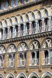Miastowy budynek, fasada wzór Mumbai indu Obraz Royalty Free