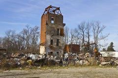 Miastowy Fabryczny zwarzenie - Zaniechana fabryka VI Fotografia Stock