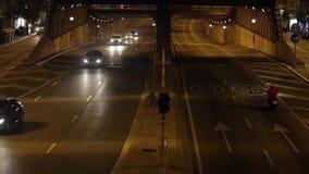 Miastowy noc ruch drogowy w Barcelona Czasu upływ 05 zbiory wideo